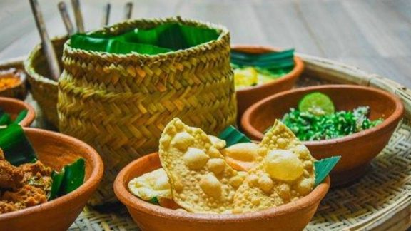 Snapshot of Sri Lanka Curated Travel Experience | Authentic Cooking Classes | By Art In Voyage