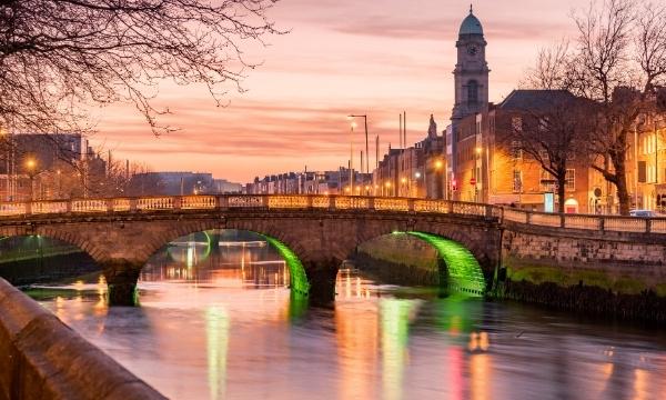 Solo Travel - Ireland | Art In Voyage
