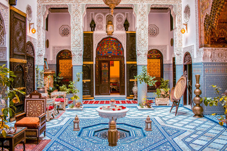 Highlights & Delights of Morocco, Luxury Travel Package, with Art In Voyage