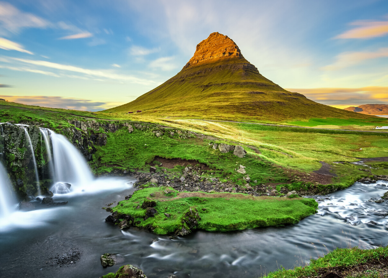 Behind the Lens, Iceland, with Photojournalist Gary Bogdon