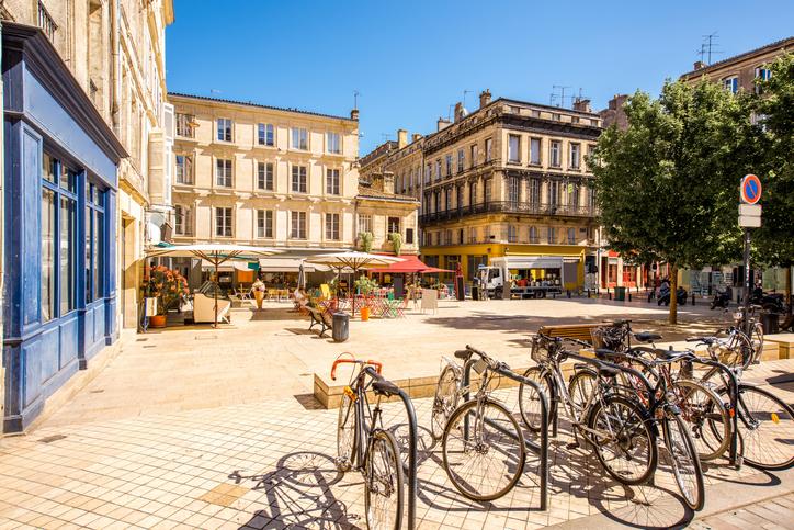 Bordeaux, By Art In Voyage