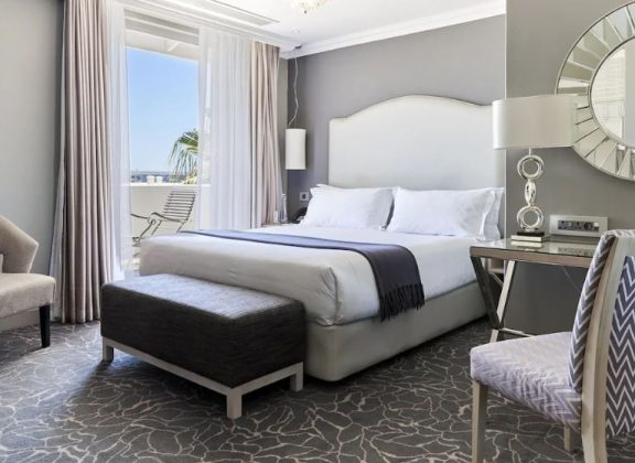 Deluxe room | Cape Town