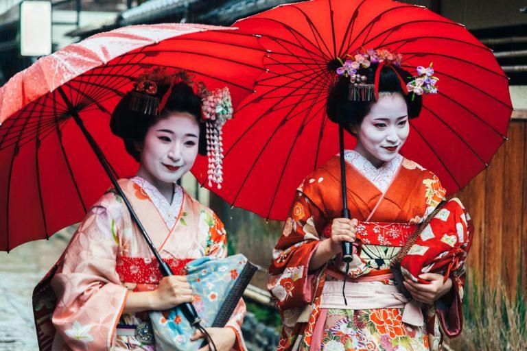 Maiko-Geisha-Koyto-by-Art-In-Voyage.jpg