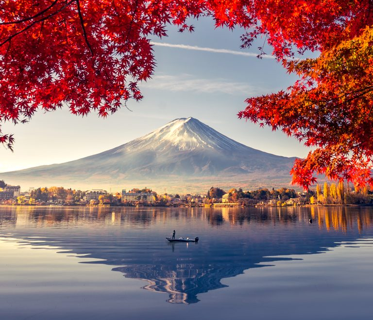 Mount-Fuji-Autumn-Japan-by-Art-in-Voyage.jpg