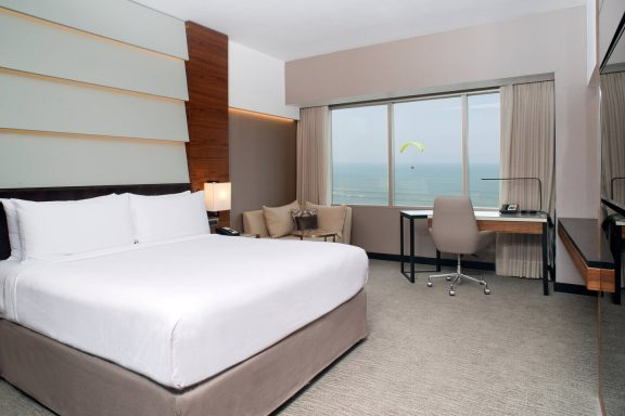 Premium King Oceanfront  | Lima
