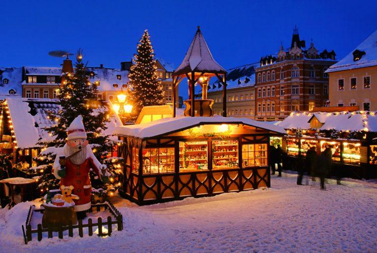 Annaberg-Buchholz christmas market, by Art In Voyage