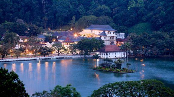 Sigiriya to Kandy