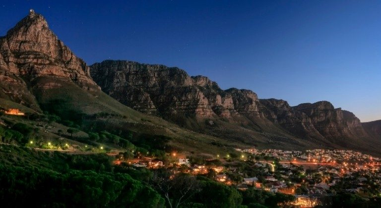 Best Places To Visit In December - Christmas In South Africa | Art In Voyage