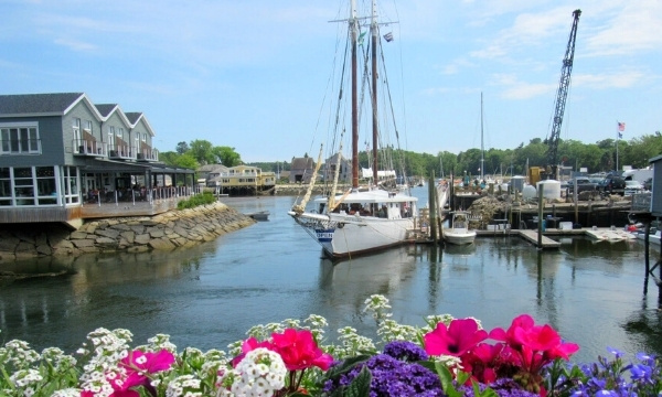 Kennebunkport, Maine | Romantic Valentine's Getaways