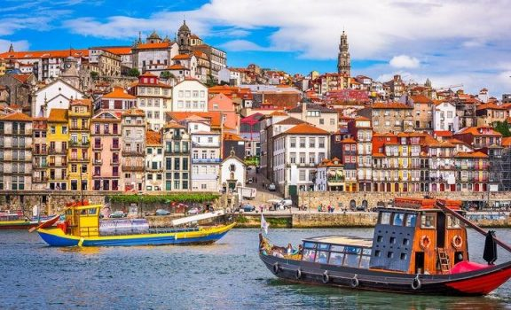 Colorful Porto