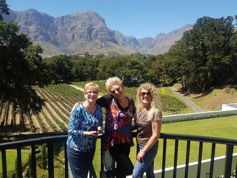 South Africa at A Glance, with Art In Voyage