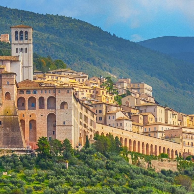 Umbria, by Art In Voyage