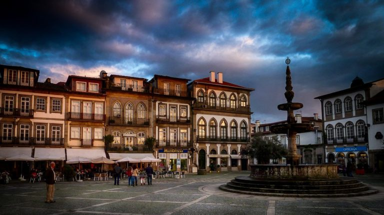 Portugal oldest cities, with Art In Voyage