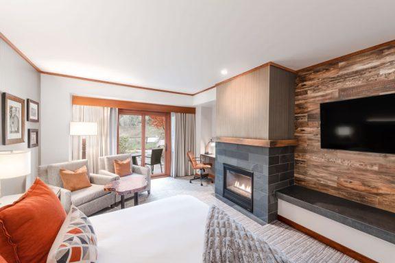 Patio King Room | Snoqualmie