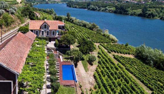 Quinta de Sao Bernardo Winery & Farmhouse