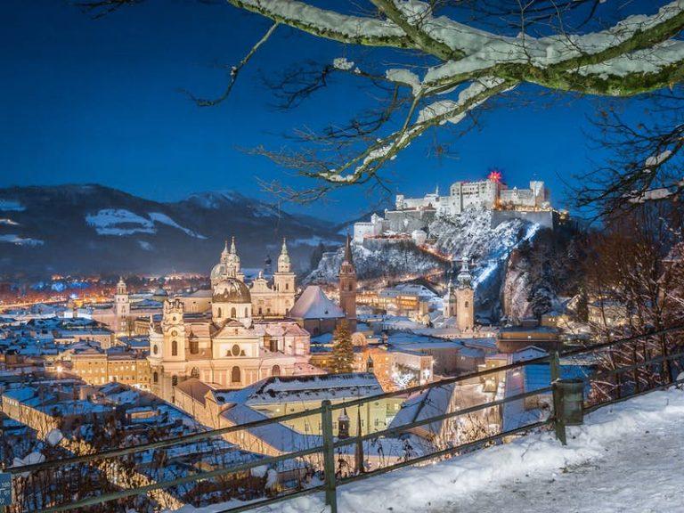 salzburg winter time, by Art In Voyage