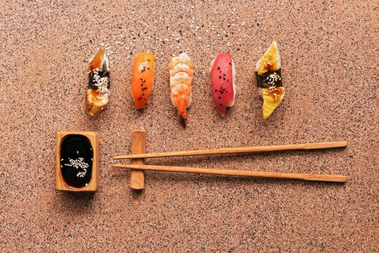 sushi-set-chopsticks-by-Art-In-Voyage.jpg