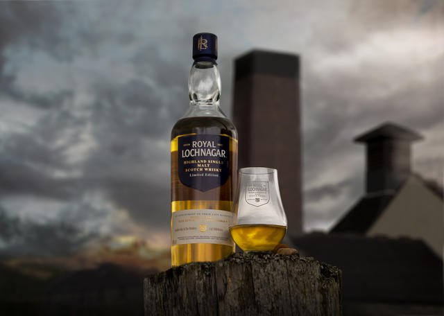 Whisky from Lochnagar, by Art In Voyage