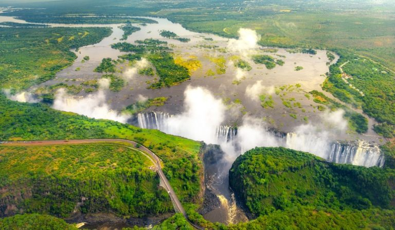 Zambia & Victoria Falls, by Art In Voyage